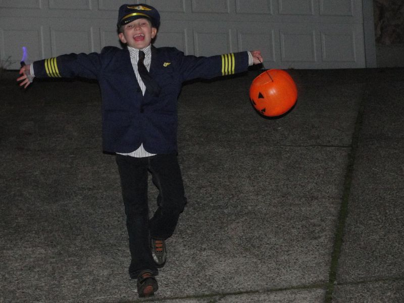 Commercial Pilot Costume